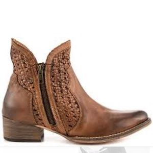 seychelles flip a coin woven ankle boot 402